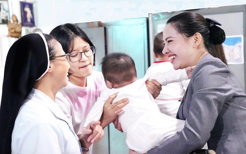 Mái ấm Tín Thác - Nơi nhân đầy tình yêu thương với trẻ em mồ côi 4