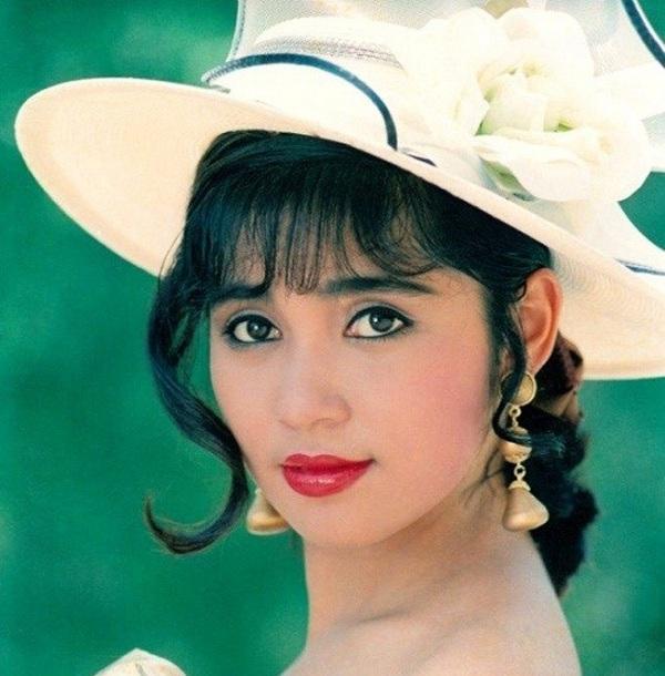 Top những chùm ảnh môi đẹp của các mỹ nhân Việt 2
